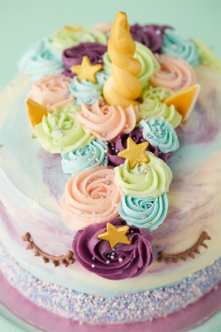 lola s cupcakes wedding cake unicorn cake 16924