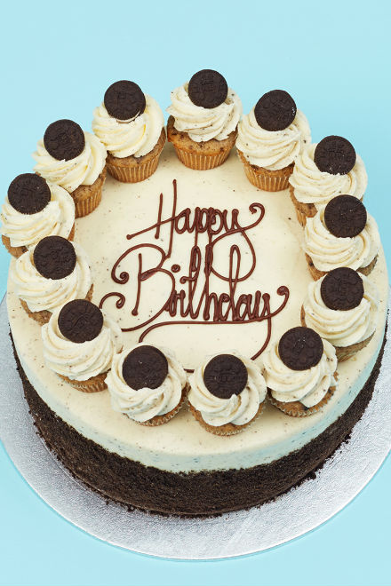 Buy Cookies And Cream Party Cake Online From Lola S Cupcakes