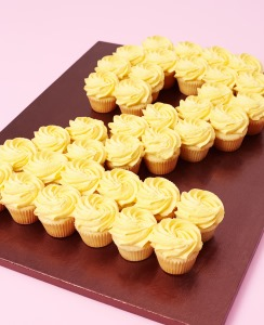 Buy Single Colour Cupcake Number Cakes At Lola S Cupcakes